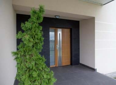 What kind of exterior door should you choose? What are the most important criteria you should consider before buying?